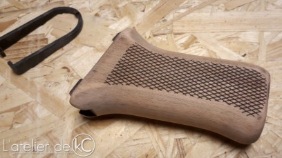LCT AK47 wooden pistol grip mod1