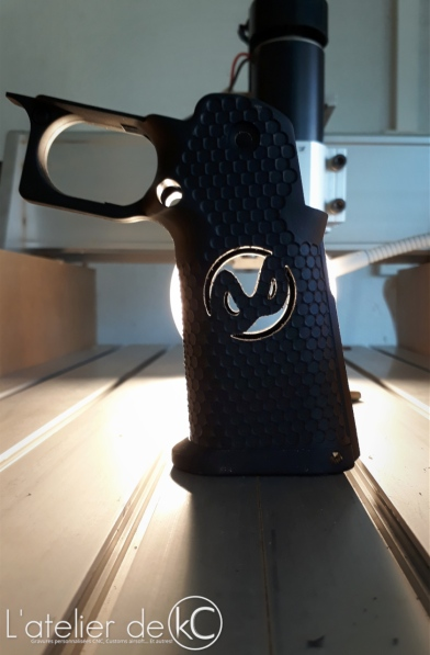 Hicapa aipsc speedsoft Custom grips infinity armorer works5