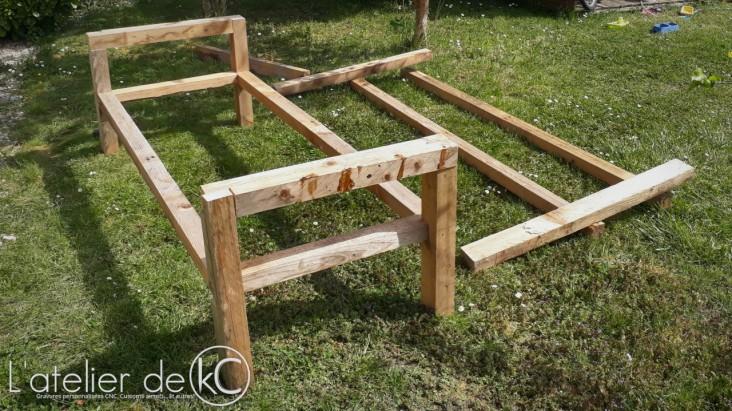 palette DIY bricolage canapé jardin assemblage mi bois1
