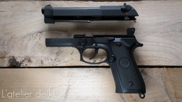 SRC SR92 m9 gbb airsoft replica disassembly review 1